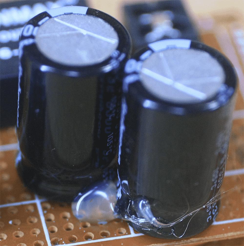 電気製品 ホットメルト 使用事例