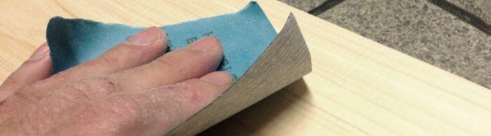 紙やすり 塗装前の下地作り