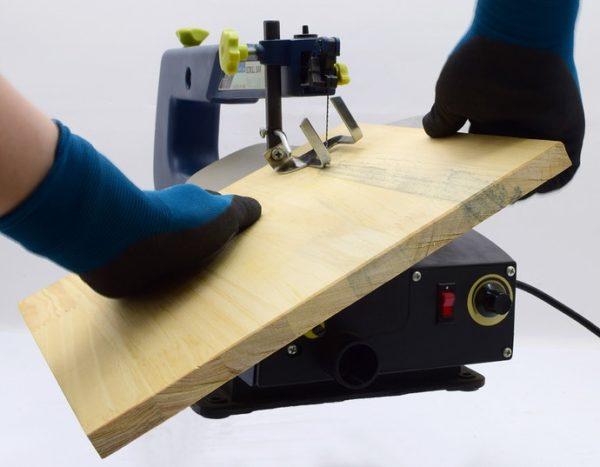 卓上糸ノコ盤 傾斜機能