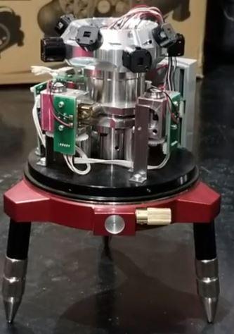 電子整準式レーザー墨出し器
