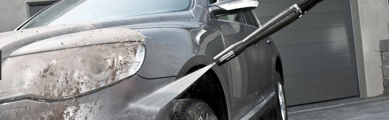 高圧洗浄機で洗車